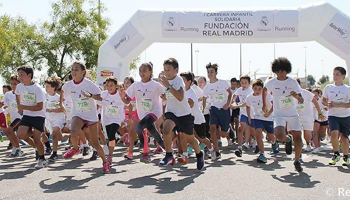 Más de medio millar de participantes en la I Carrera Infantil Solidaria de la Fundación