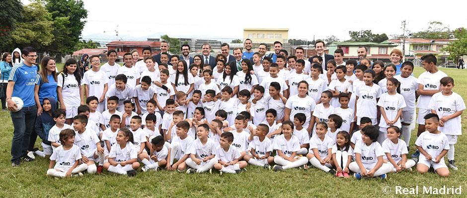 La Fundación Real Madrid y la Universidad Latina de Costa Rica inauguran su segunda escuela