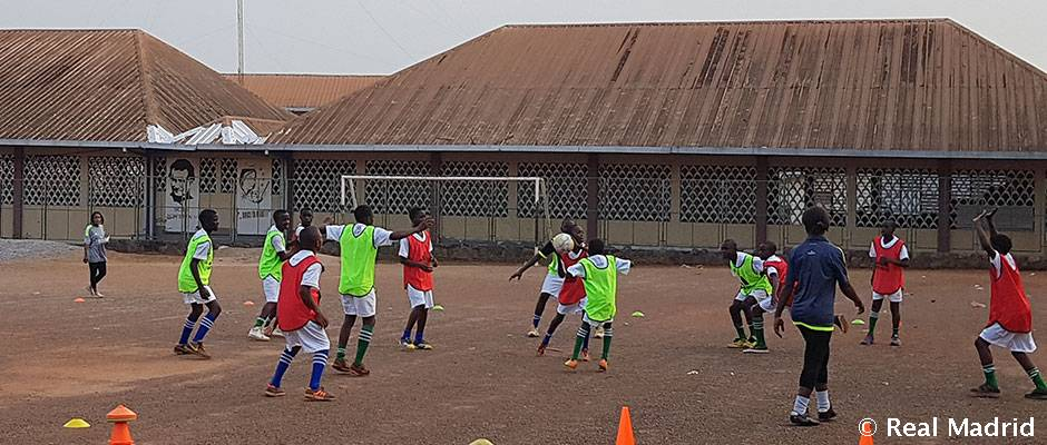 La Fundación Real Madrid imparte cursos de formación en Camerún