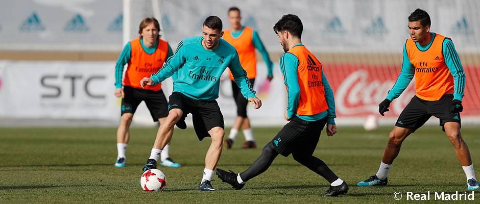 Última sesión de entrenamiento antes del partido de Copa