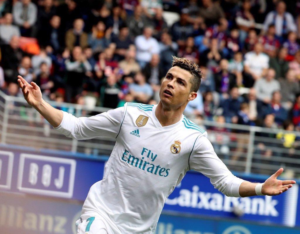 La opinión de @DbenavidesMReal : Cristiano Ronaldo no sabe lo que es borrarse.