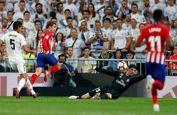 #CrónicaReal   Un Courtois salvador y poco más (0-0)