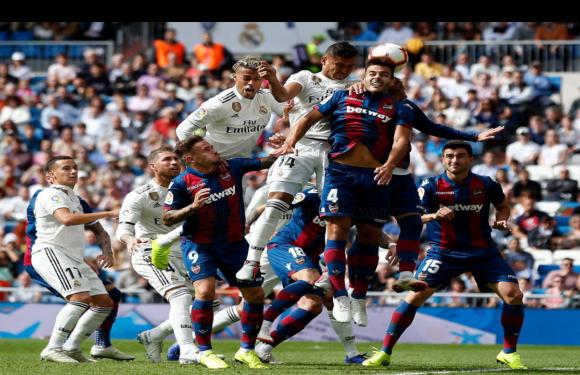 #CrónicaReal   Un equipo al borde de un ataque de nervios (1-2)