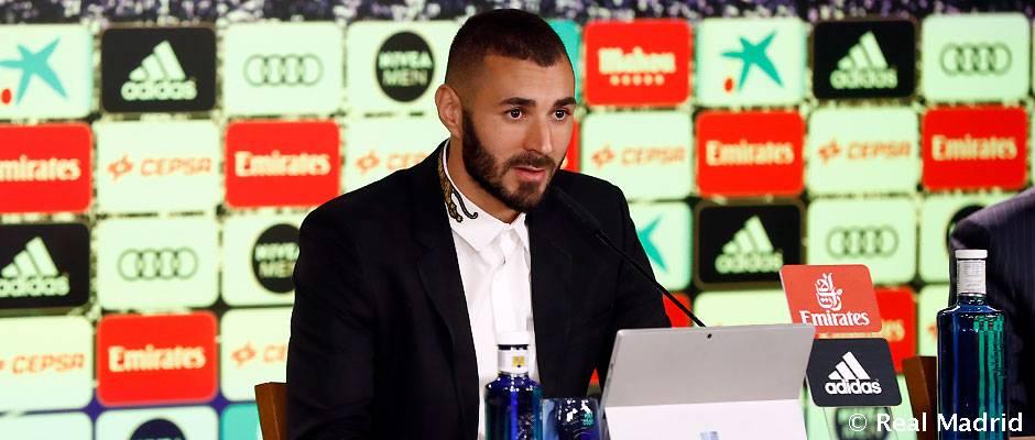 """Benzema: """"Soy muy feliz por continuar mi carrera en el mejor club del mundo"""""""
