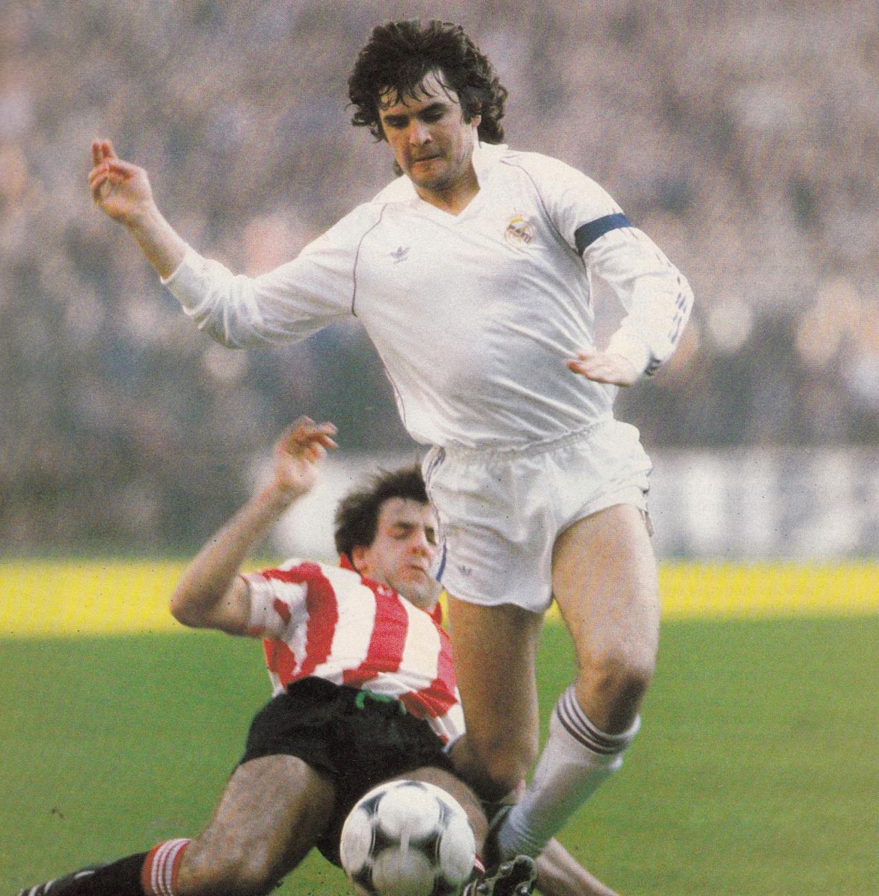 El Once ideal de futbolistas españoles en el chiringuito Popuhead. - Página 5 Camacho