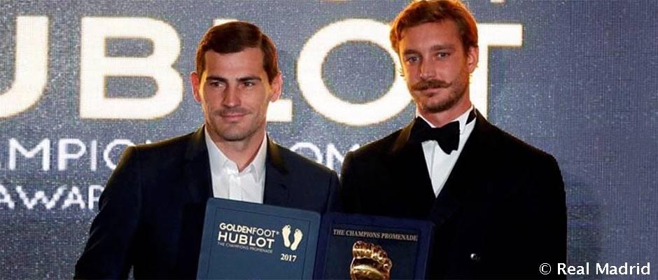 Iker Casillas Casillas gana el Golden Foot 2017
