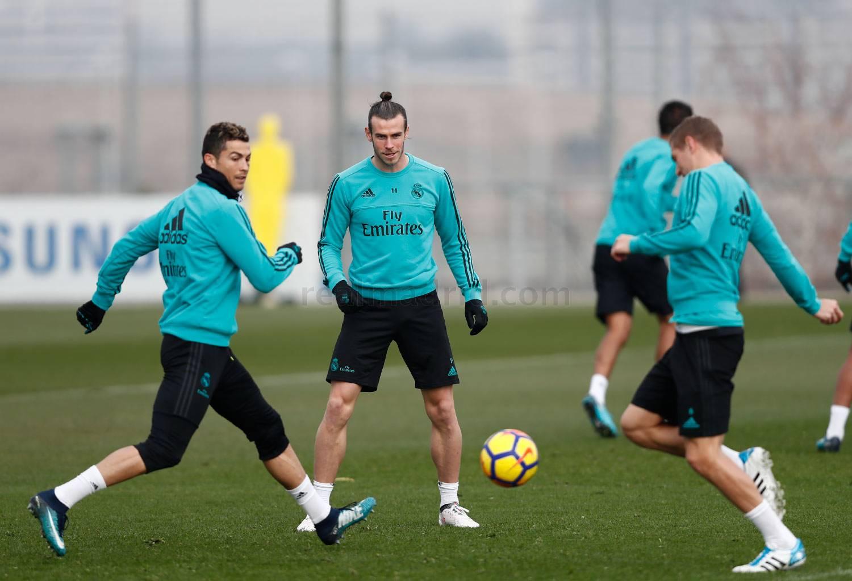 Primer entreno para preparar el partido ante el Valencia