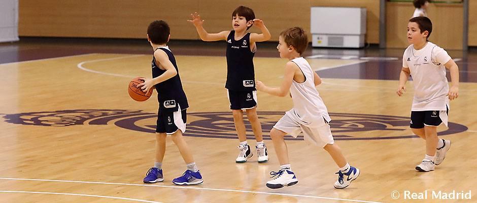 Los más pequeños, en el Torneo Sociodeportivo de Baloncesto de la Fundación