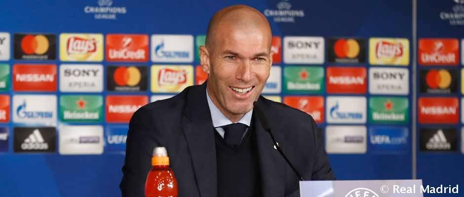 """Zidane: """"Este club tiene 12 Copas de Europa y eso es por algo"""""""
