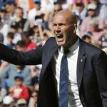 Zidane tiene el reto de afrontar un nuevo ciclo en el Real Madrid con un cambio de sistema táctico