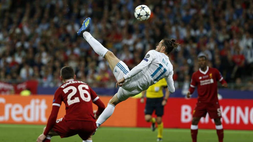 Golazo de chilena del galés Gareth Bale en la final de la Champions de 2018, en Kiev, frente al Liverpool