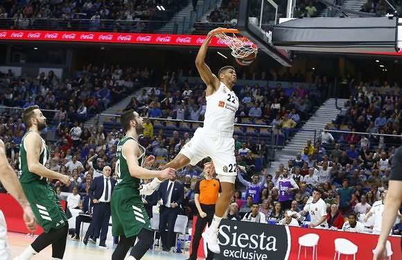 #Euroliga | Un Madrid colosal sella medio billete a Vitoria (78-63)