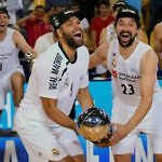 Rendirse no es una opcion campeones ACB 2019 Real Madrid Palau Blaugrana Llull Felipe Celebracion