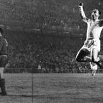 Di Stefano celebración gol Real Madrid memorias en blanco y negro
