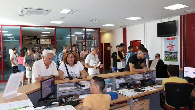 La UD Almería está de enhorabuena: un 9% más de abonados y apuntan a más
