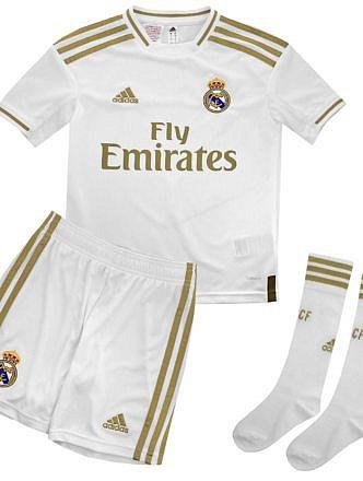 Conjunto 1ª Equipación del Real Madrid Temporada 2019-2020. Para niños. Licencia LFP