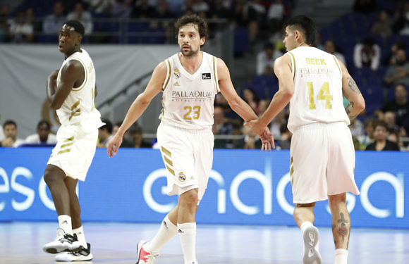 Liga ACB | El Real Madrid vence al BAXI Manresa y hace pleno de victorias