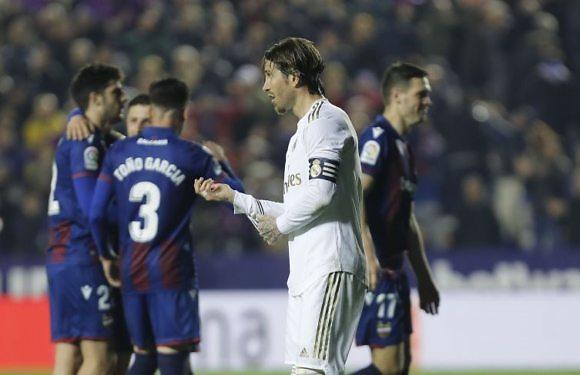 Crónica Real | El Real Madrid pierde el liderato en el Ciutat de Valencia (1-0)