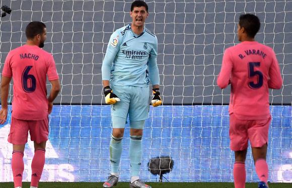 Calificaciones Blancas   Real Madrid 0-1 Cádiz CF