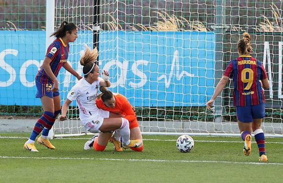 Sentimiento Real | Real Madrid Femenino, solas contra todas