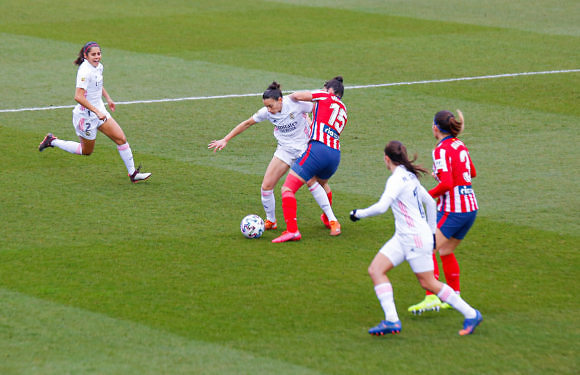 Crónica Real   Jakobsson hace volar al Real Madrid Femenino hacia la Champions (0-1)
