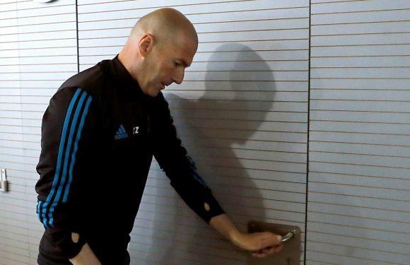 En Clave Morada | ¿Por qué se cuestiona más a Zidane que a Pedrerol?