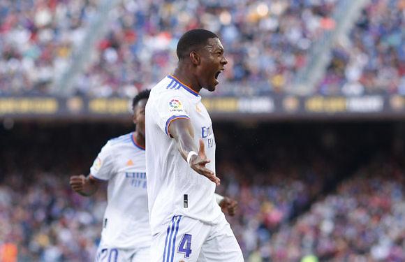 Crónica Real | La muralla blanca triunfa en el Camp Nou (1-2)
